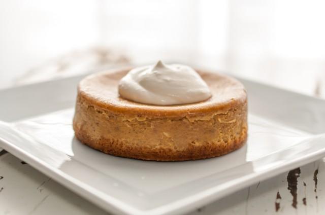 Mini pumpkin cheesecake