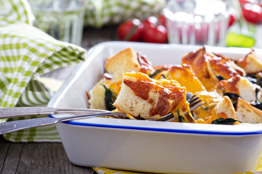 Spinach, bread and cheese strata