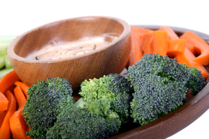 Vegetable tray, broccoli, dip