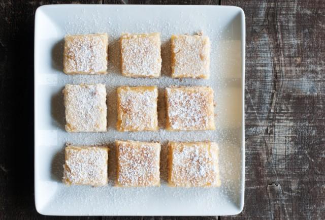 Lemon Bars, powdered sugar