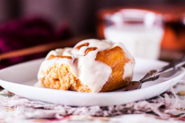 Pumpkin Cinnamon Roll, sticky bun