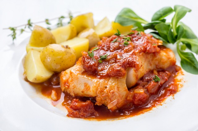 cod with tomatoes and potatoes