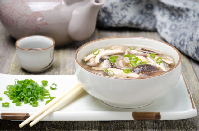 Chinese soup, chicken, shiitake