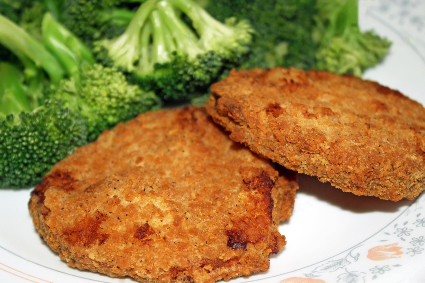 Chicken patties, broccoli
