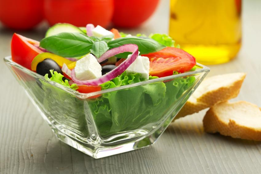 greek salad, lettuce, tomatoes, onions