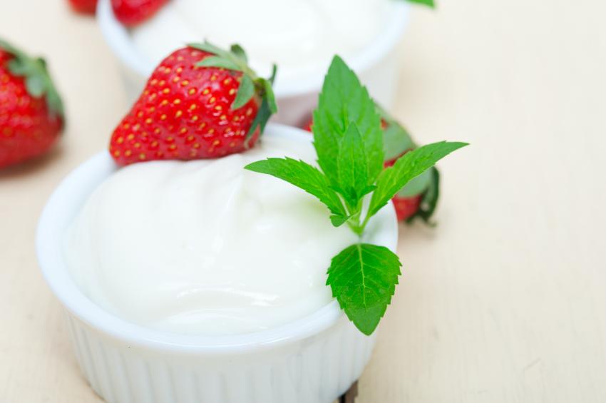 Yogurt with strawberry