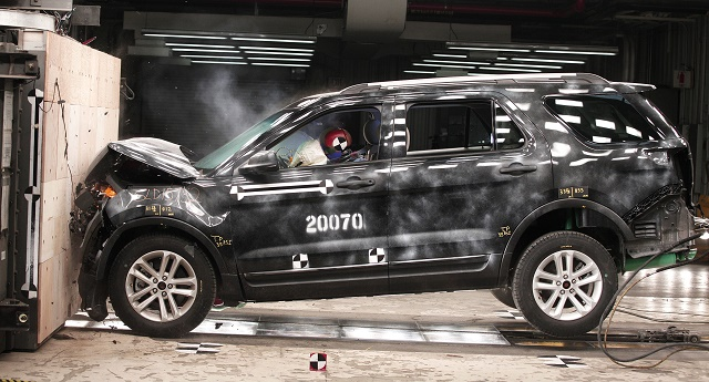 Ford Demonstrates Its Latest Crash Test Technology
