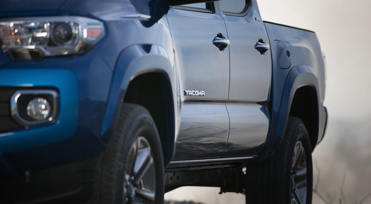 Looks like Tacoma has been hitting the gym. The all-new 2016 #Tacoma.