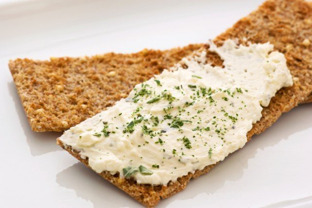 Cream Cheese, Herbs, Crackers