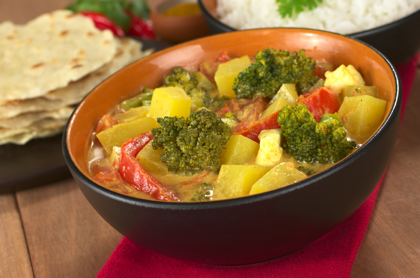 Curry, broccoli, potatoes, pepper
