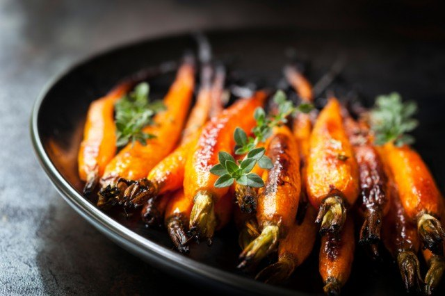 cooked carrots on a plate