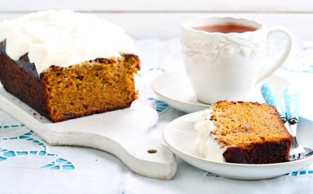 Carrot cake loaf quick bread, frosting