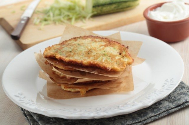 tortillas with sour cream and vegetables