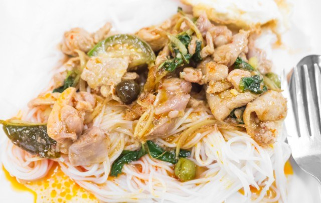 Thai spicy chicken stir-fried fusion with vermicelli noodle