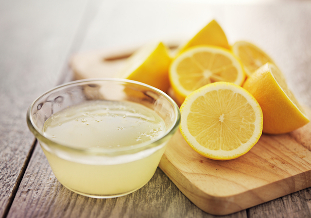lemons, lemon juice in small bowl