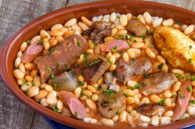 Cassoulet with sausage and beans