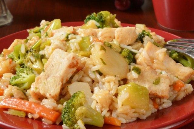 Chicken teriyaki, rice, broccoli