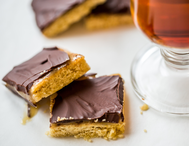 Homemade Twix, caramel chocolate bar cookie
