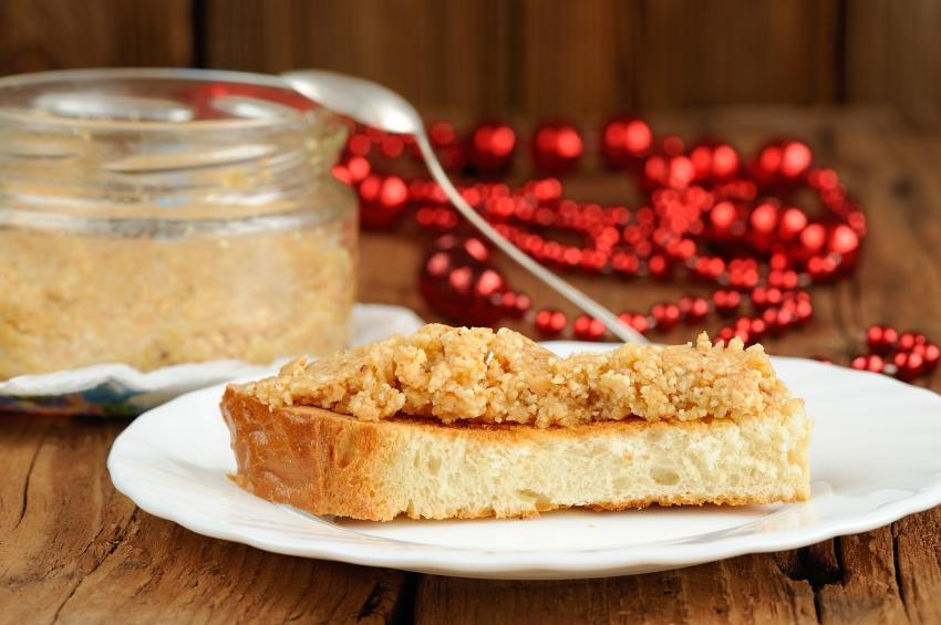 peanut paste on toast