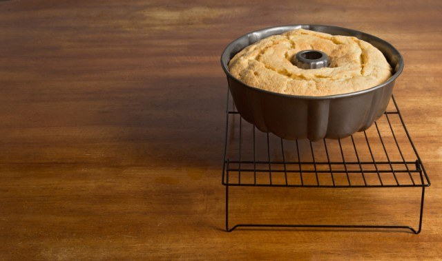 ... 15 minutes. Turn the cake out onto the wire rack and cool completely