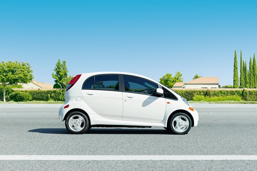 Problems Standing In The Way Of Electric Vehicle Adoption