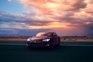 Tesla Lost Some Spark in 2014: Will This Year Offer a Needed Recharge?