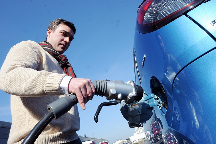 FRANCE-INDUSTRY-AUTO-ENERGY-SGTE-POWER