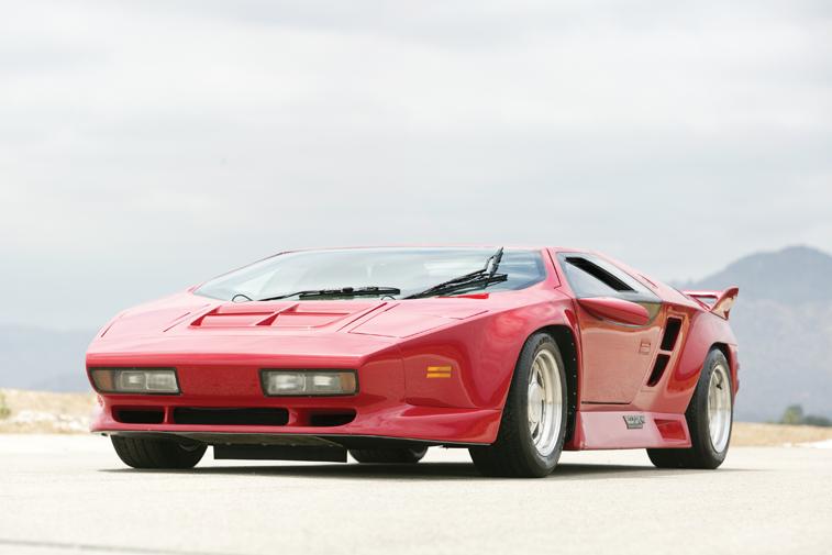 1989-1992 Vector W8