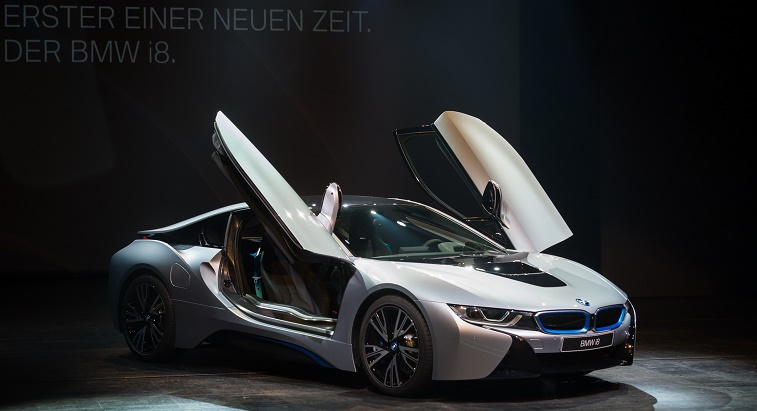 BMW Launches i8