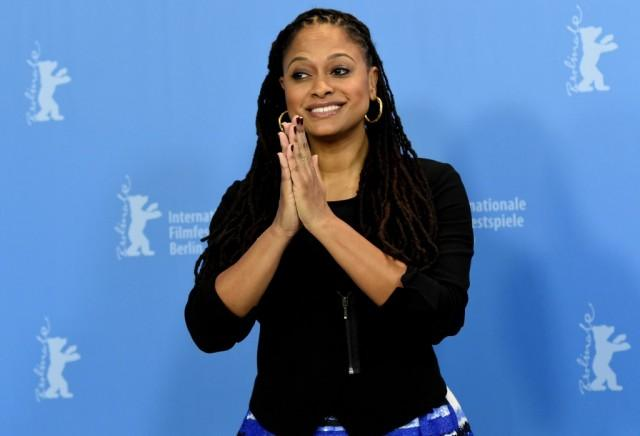 Ava Duvernay clapping her hands.