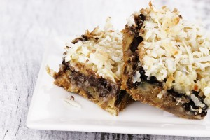 7 Decadent Dessert Bars to Bake This Weekend