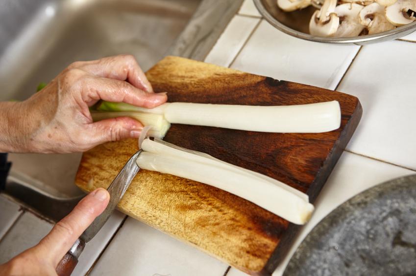 Cutting leeks, mushrooms