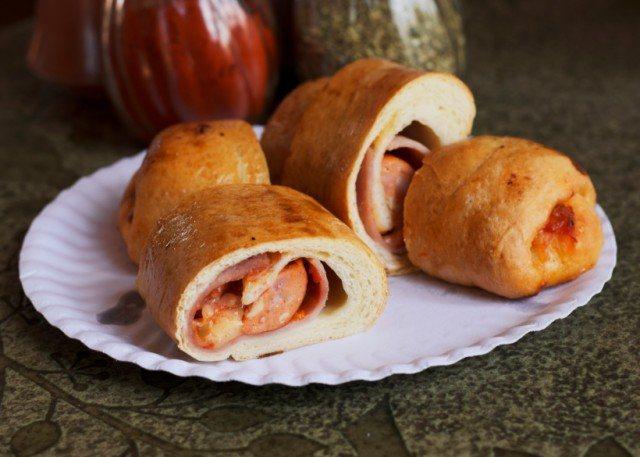 Pepperoni Pizza Roll, bread