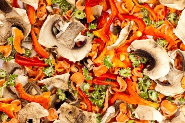 Dried vegetables, mushrooms, carrots