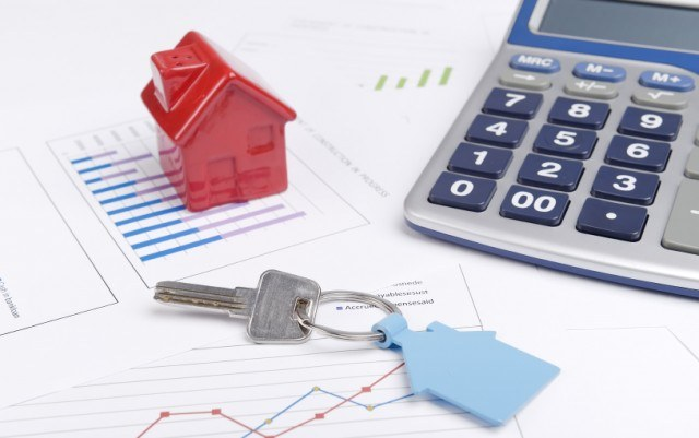 mortgage and house key