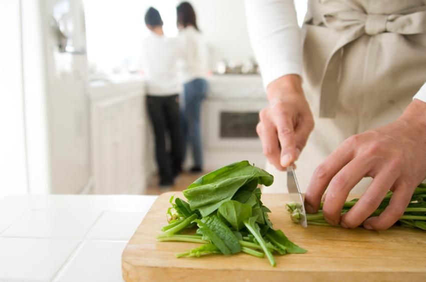cutting spinach