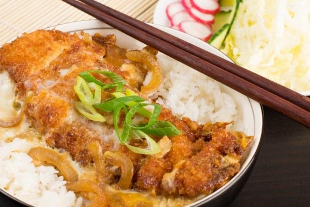 Katsudon, katsu, japanese chicken