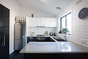 5 Décor Tricks That Will Make Your Kitchen Appear Larger