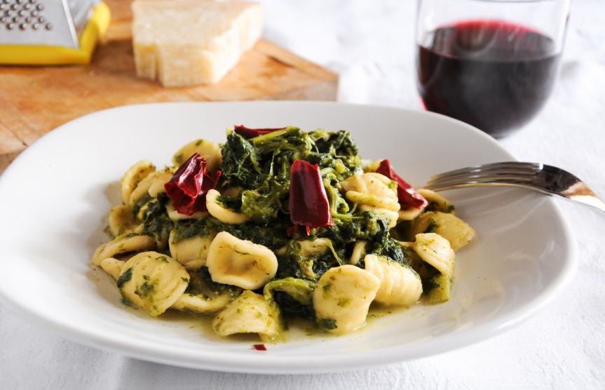 pasta with herbs and spinach