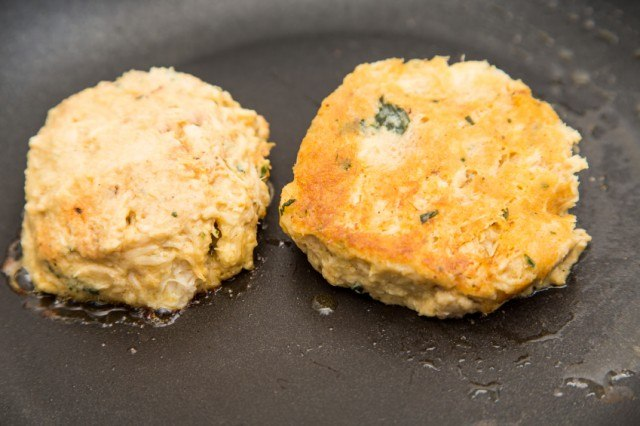 Pan Fried Crab Cakes Nutrition