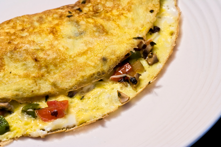 omelet with veggies and cheese