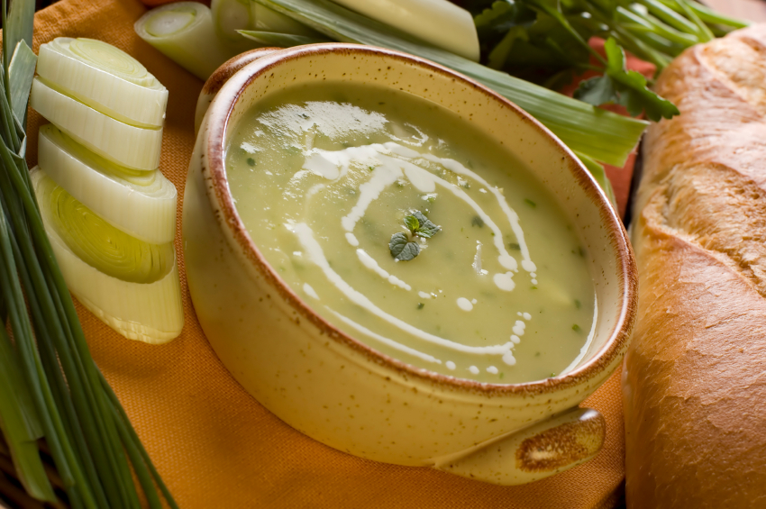 Leek soup, green stew