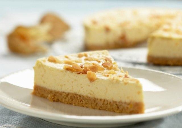 cheesecake slice, almonds