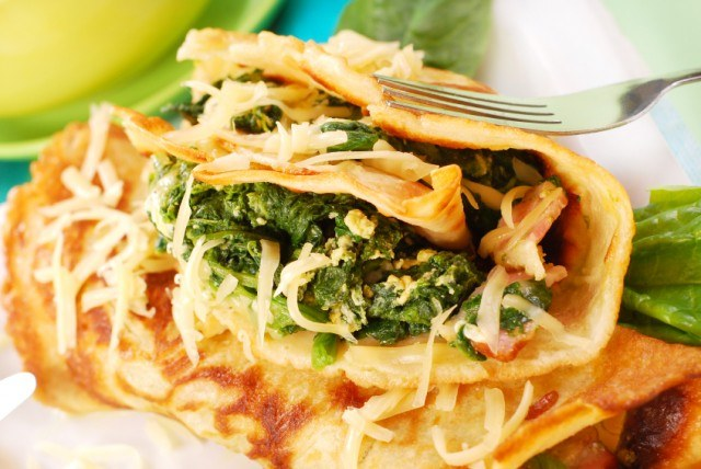 Spinach stuffed crepes