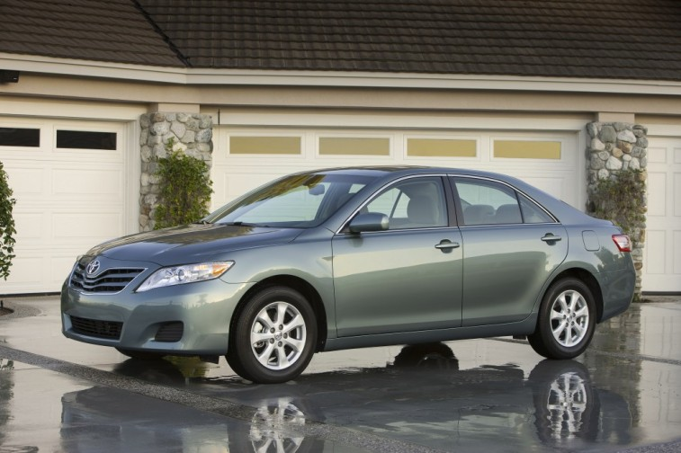 Camry LE, 2010 MY