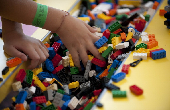 How Do Toy Companies Like Lego Stay Alive In A Tech Boom