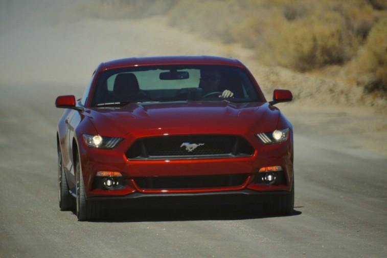 2015-Mustang-GT-026