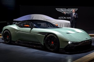 The Aston Martin Vulcan Cranks Things Up to 11 in Geneva