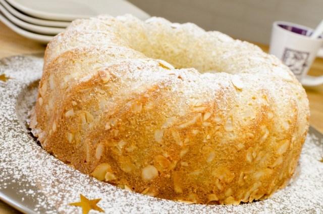 Amaretto Liqueur Pound Cake