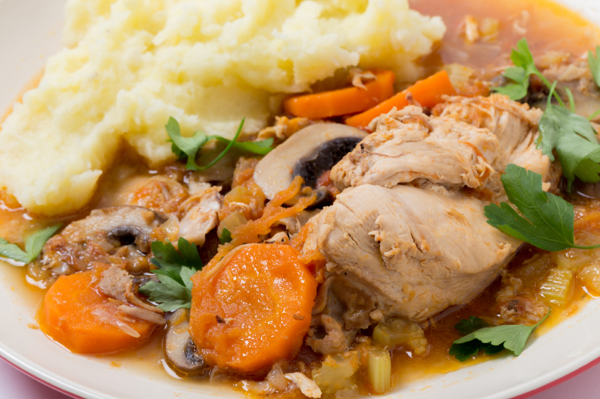 chicken stew with carrots and mushrooms